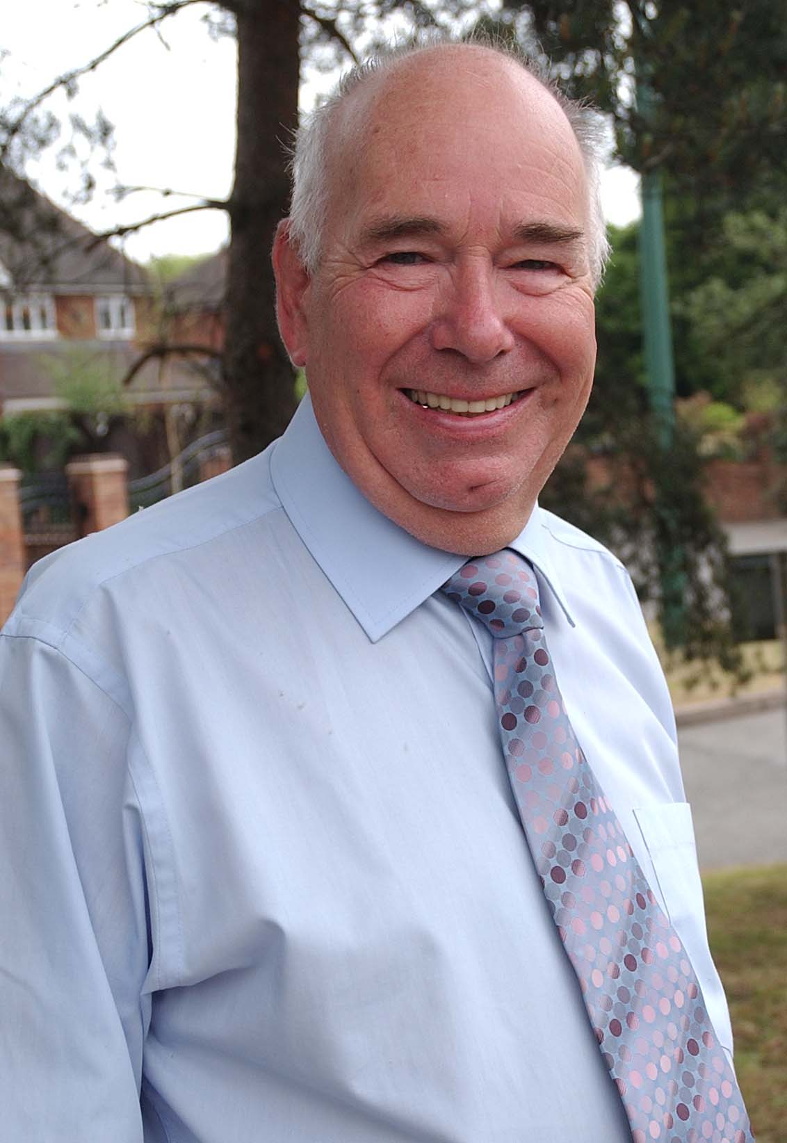 Cllr Peter Hogarth MBE